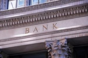 Как использовать счет в зарубежном банке и не нарваться на проблемы