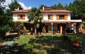 House in Grosseto near the sea buy cheap