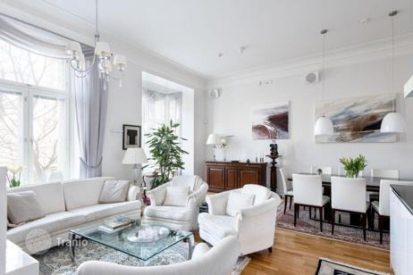 Недвижимость в хельсинки вилла за криптовалюту Абу Даби Адхен