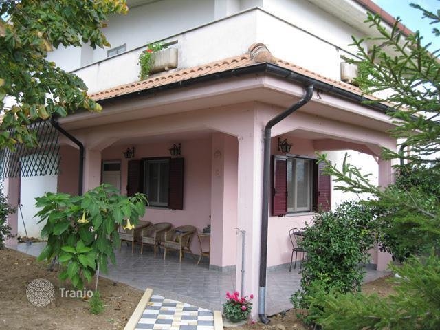 Poco costoso bungalow Pescara