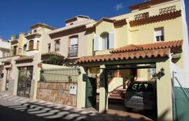 Таунхаус в испании недвижимость панама