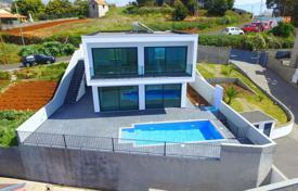 Купить дом за рубежом недорого без посредников у зюганова есть недвижимость за рубежом