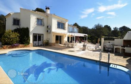 Где лучше купить в испании недвижимость