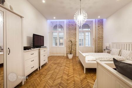 Сколько стоит квартира в венгрии причина крушения флай дубай