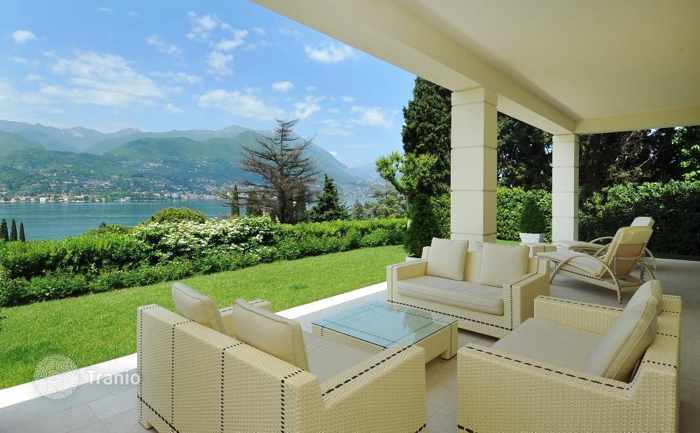 House in Lake Garda cheap sea
