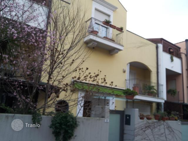 Buy a house by the sea in Abruzzo