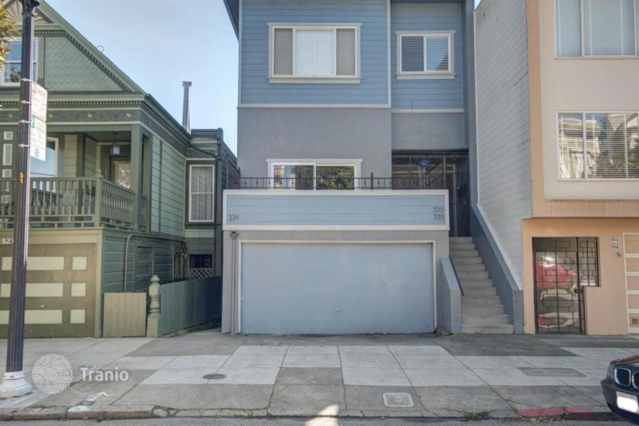 Slut wife pregnant from glory hole