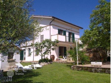 Дома в Пескара недвижимость в Пескара