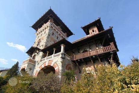 Италия замки купить как купить недвижимость в дубае гражданину россии