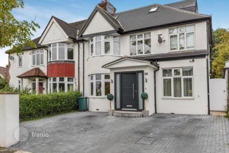 купить дом в лондоне элитный
