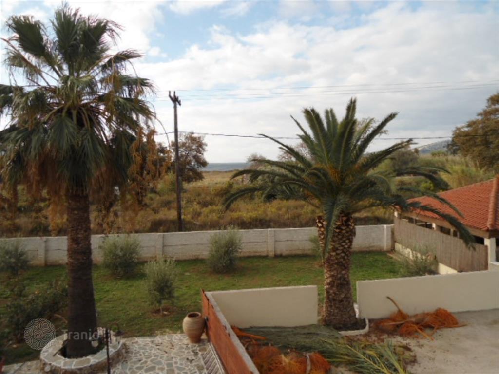 Апартаменты в остров Эвия недорого у моря 2016
