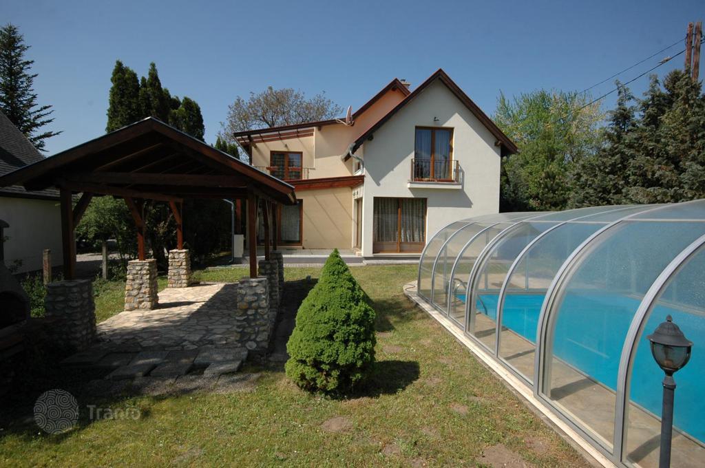 Частный дом в хорошем состоянии в северной части Балатона вблизи Кестхея и  Хевиза · 245 000   e3a54f2b188