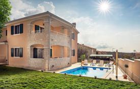 Недвижимость в хорватии пореч виллы хорватия