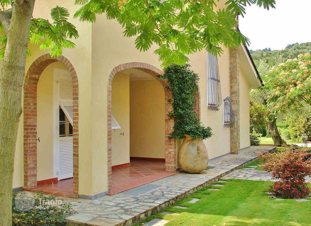 Casa Villa Empire