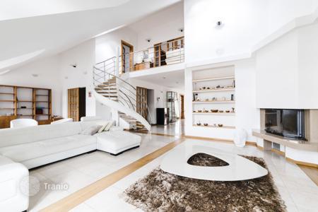 Купить жилье в чехии цены купить дом в торревьеха дубай