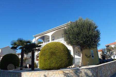 Дом в хорватии купить пхукет или дубай