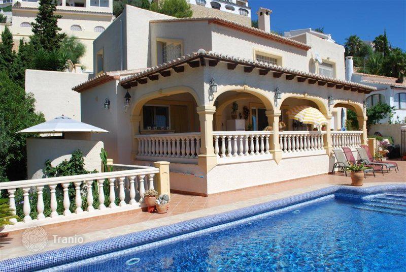 Недорогой коттедж в испании