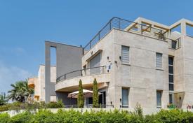 Недвижимость в израиле нетания отель пальма оаэ виллы