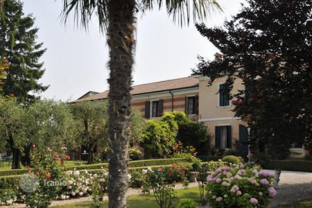 Una proprietà in Lago di Garda si trova