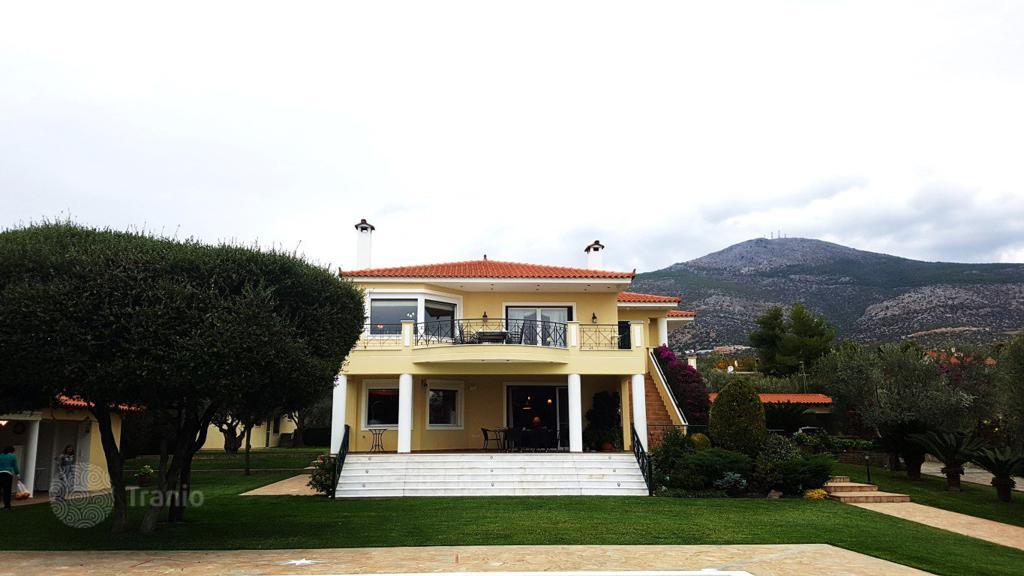 Дешево дом в остров Эретрия