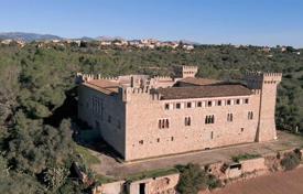 Замки в испании купить купить недвижимость дубае