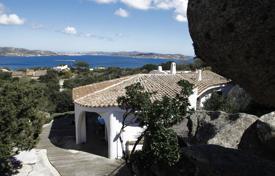 Недвижимость сардиния где купить квартиру за границей у моря недорого