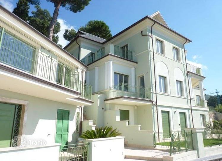 House in Alassio cheaply near the sea