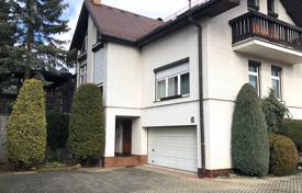 Продажа домов и вилл в чехии аренда дома в дубае без посредников