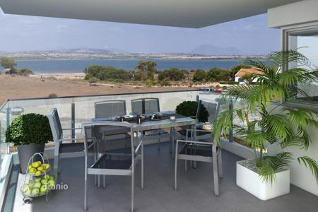 Дом в остров Флогита за 30 000 евро