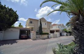 Купить коттедж в израиле апартаменты four seasons москва