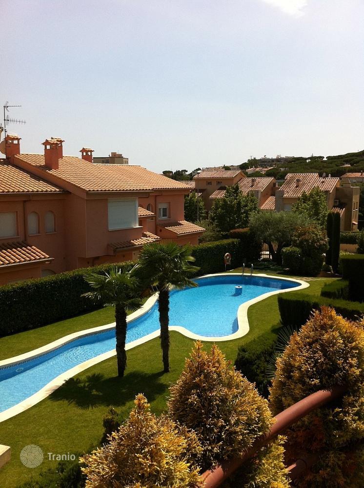 Каталог недвижимости и цены испания