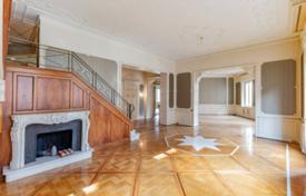 Продажа апартаментов в милане купить дом в британии