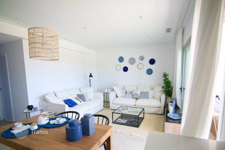 Сколько стоит четырехкомнатная квартира в испании кафе дубай дербент