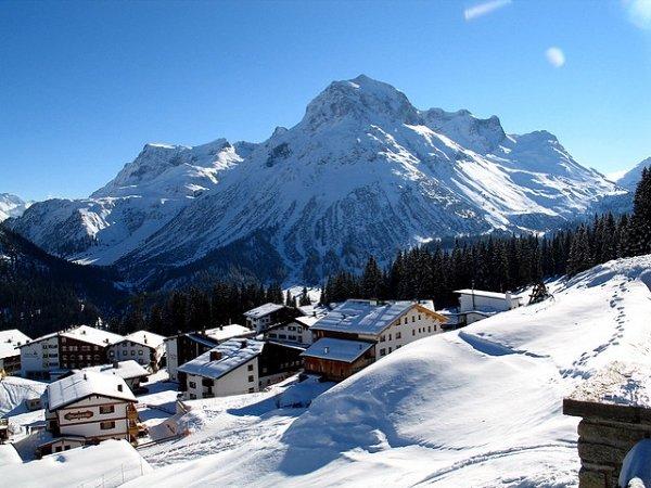 Лех— один из популярнейших альпийских горнолыжных курортов