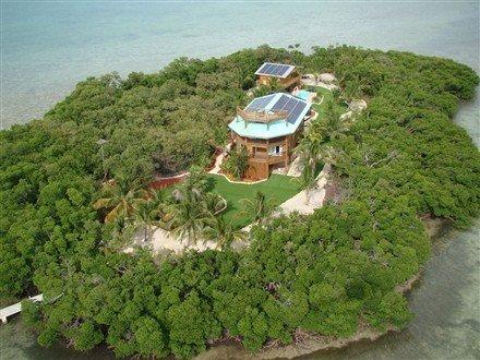 Купить остров с домом
